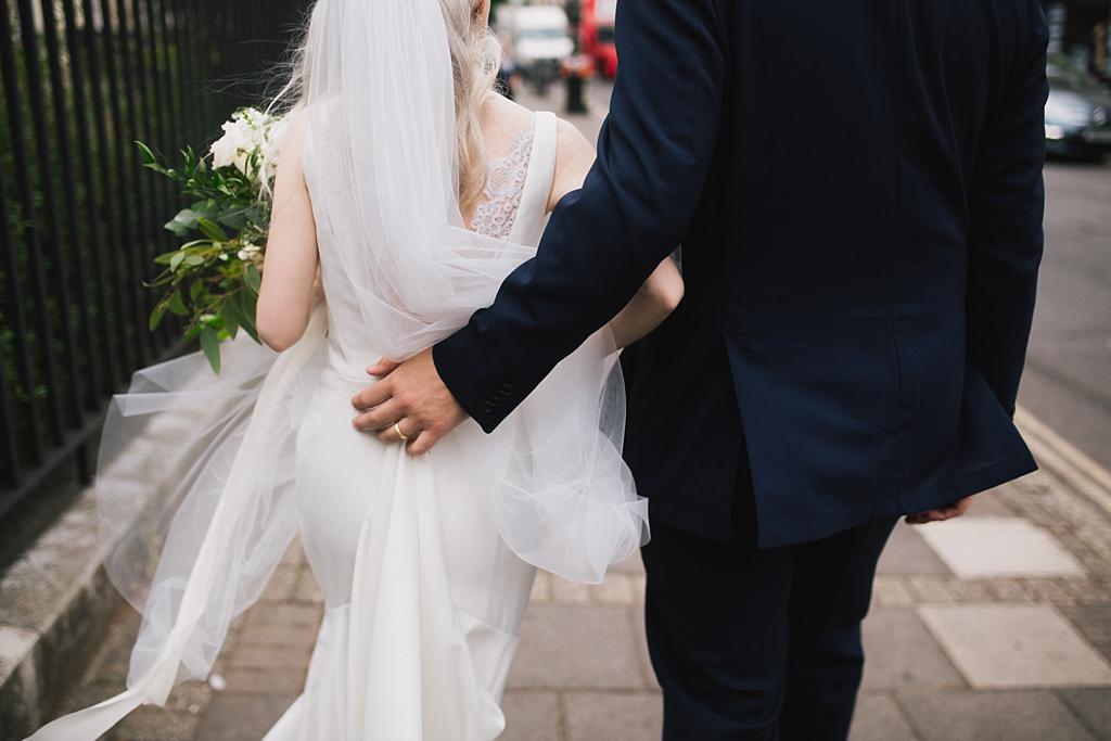 Intimate Wedding Photography | Abney Hall Wedding | Lisa Jane Photography