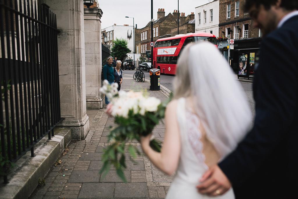 Modern Wedding Photography | Stoke Newington Town Hall Wedding | Lisa Jane Photography