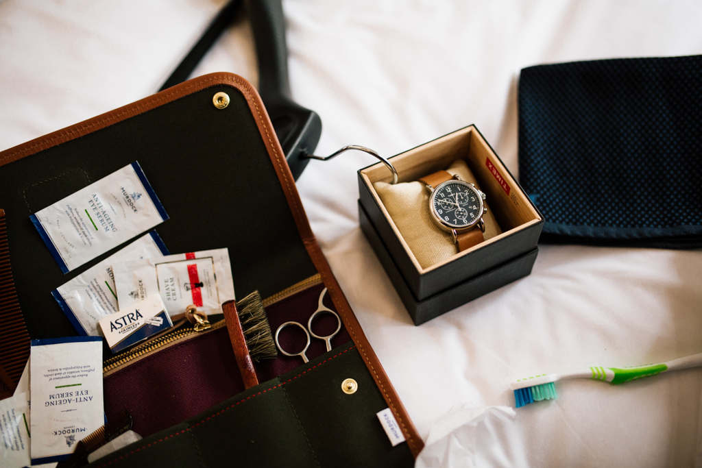 Grooms grooming kit at Northbrook Park wedding | Lisa Jane Photography | Creative London Wedding Photography