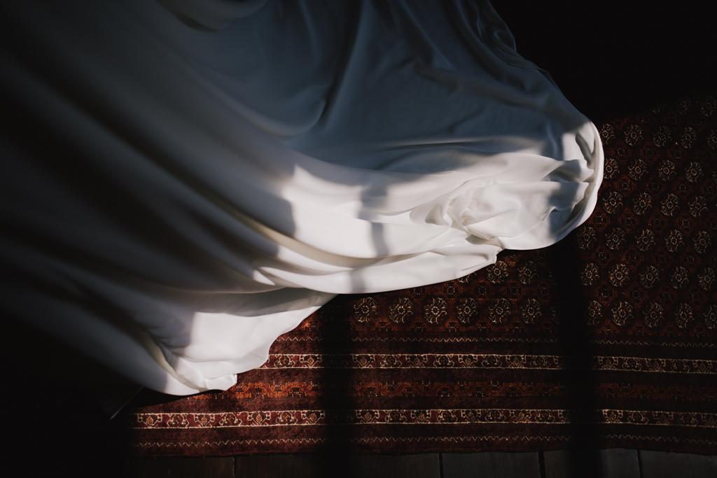 Brides dress at Shoreditch Studio Wedding | Lisa Jane Photography | Modern London Wedding Photography