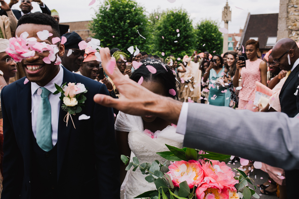 confetti at a London wedding | Lisa Jane Photography | Modern London Wedding Photography