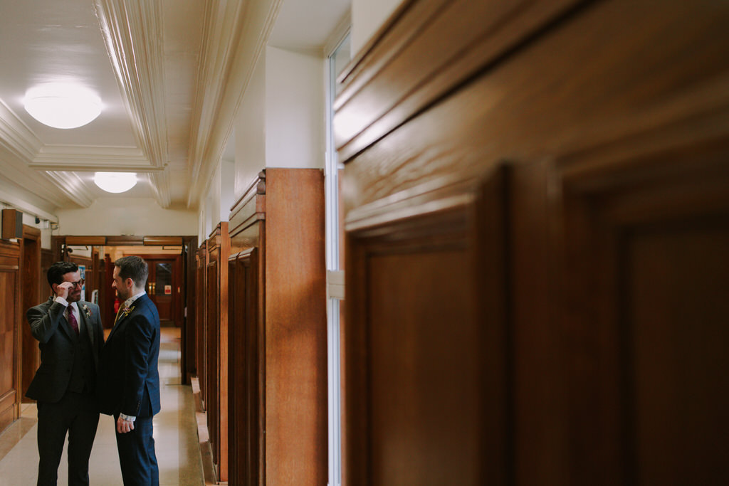 Creative Wedding Photography at Wandsworth Town Hall | Lisa Jane Photography