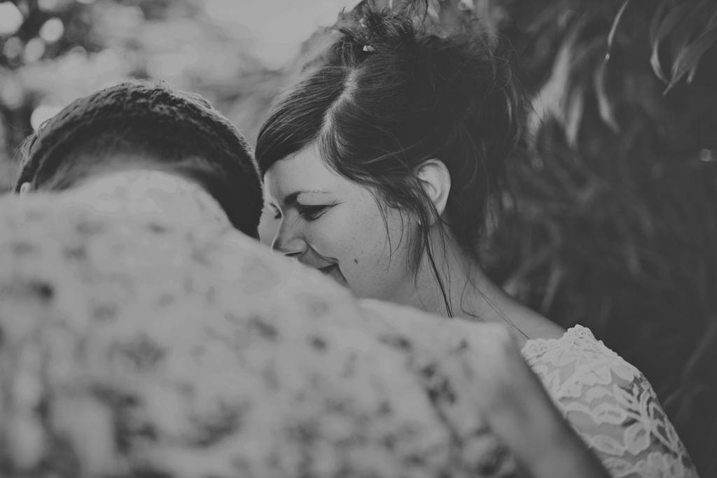 Lisa Jane Photography - creative and intimate wedding portraits