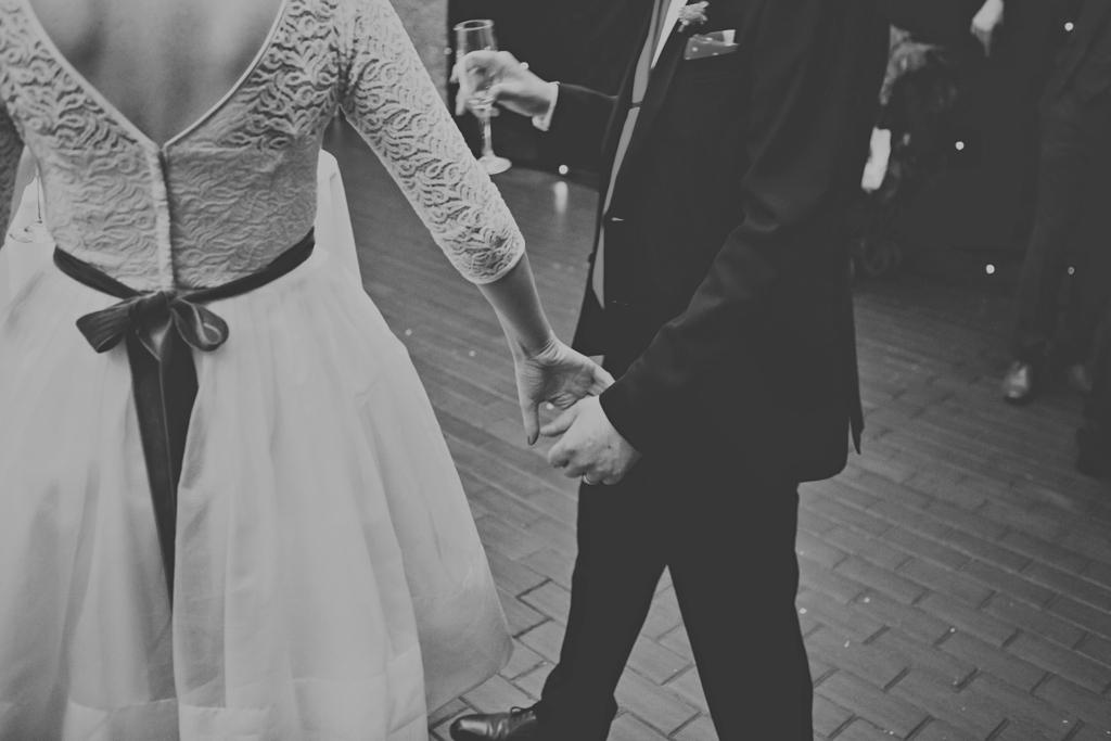 Fur Coat No Knickers bride London wedding photography Lisa Jane Photography