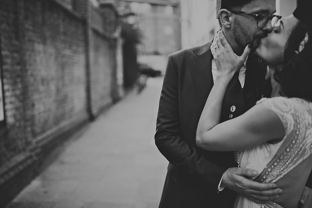 Alternative modern wedding photography by Lisa Jane Photography